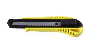 Нож STAYER MASTER с выдвижным сегментированным лезвием автофиксация 18мм