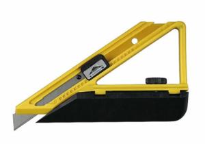 Нож STAYER MASTER для подрезания обоев в углах 18мм
